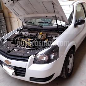 Foto venta Auto Usado Chevrolet Chevy 3P Paq B (2012) color Blanco precio $67,000
