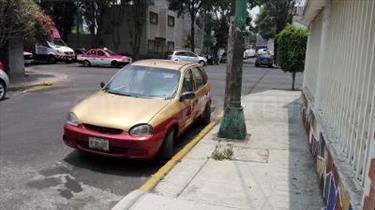 Foto venta Auto usado Chevrolet Chevy 5P Swing Pop B 1.6L  (2002) color Oro precio $75,000