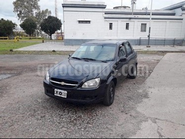 Foto venta Auto usado Chevrolet Classic 4P LS (2011) color Negro precio $85.000