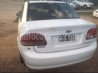 Foto venta Auto Usado Chevrolet Classic 4P LS (2013) color Blanco precio $95.000