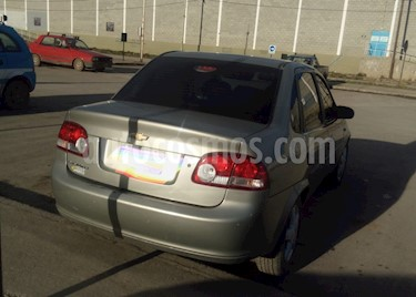 Foto venta Auto Usado Chevrolet Classic 4P LT (2011) color Beige precio $145.000