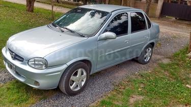Foto venta Auto usado Chevrolet Corsa Classic 4P 1.6 GLS (2008) color Plata Polaris precio $115.000