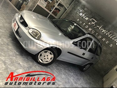 foto Chevrolet Corsa Wagon Classic 1.6 Pack Electrico Ac
