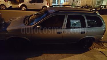 foto Chevrolet Corsa Wagon GL 1.6