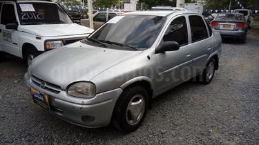 Chevrolet Corsa 1.4 Sinc 4P usado (1998) color Plata precio $9.800.000
