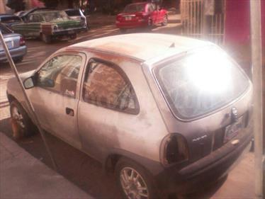 Foto Chevrolet Corsa 3 Puertas Sinc. A-A usado (1999) color Platino precio u$s5.000.000