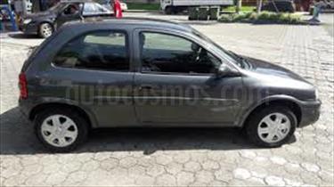 foto Chevrolet Corsa 3 Puertas Sinc. A-A usado (2006) color Negro Vulcano precio u$s15.000.000