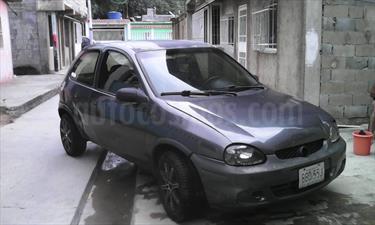 Foto venta carro usado Chevrolet Corsa 3 Puertas Sinc. A-A (2001) color Gris precio u$s680