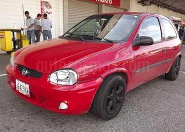 Chevrolet Corsa 3 Puertas Sinc. A-A usado (2006) color Rojo precio BoF18.000.000