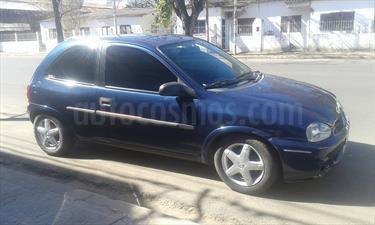 foto Chevrolet Corsa 3P GL 1.6 Full