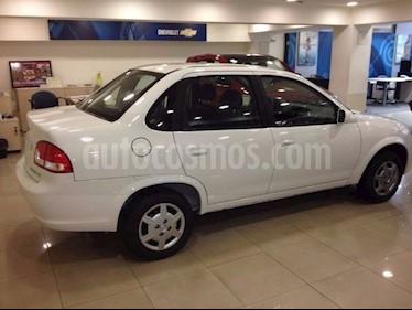 Foto venta carro Usado Chevrolet Corsa 4 Puertas Sinc. A-A (2015) color Gris precio BoF3.900.000