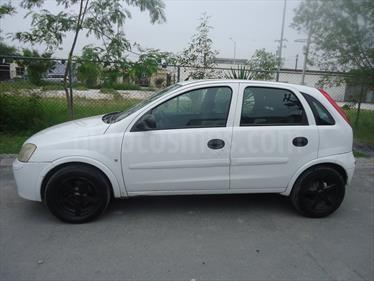 Foto venta Auto Seminuevo Chevrolet Corsa 4P 1.8L Comfort A (2007) color Blanco precio $48,500