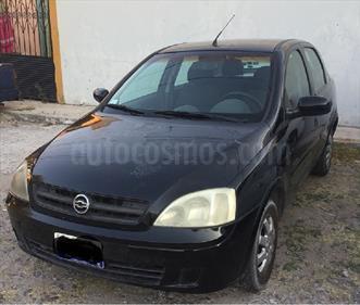 Foto venta Auto Seminuevo Chevrolet Corsa 4P 1.8L Comfort E (2005) color Negro precio $45,000