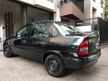 foto Chevrolet Corsa 4P GL