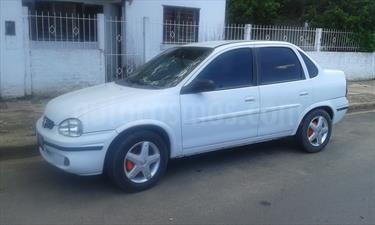 Foto Chevrolet Corsa 4P Super
