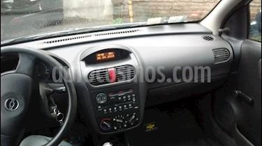Foto venta Auto usado Chevrolet Corsa 5P GL (2007) color Plata precio $116.000