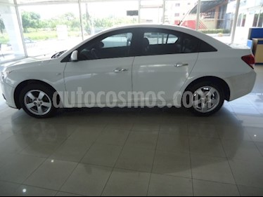 Foto venta carro Usado Chevrolet Cruze 1.8 (2013) color Blanco