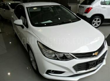 Chevrolet Cruze 1.8L usado (2016) color Blanco precio BoF350.000.000