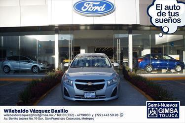 foto Chevrolet Cruze 4p LS 1.8 man