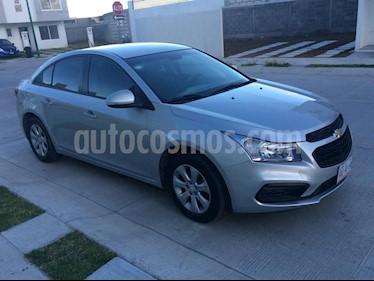 Foto venta Auto Seminuevo Chevrolet Cruze LS (2016) color Plata precio $198,000