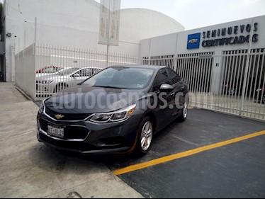 Foto venta Auto Usado Chevrolet Cruze Paq B LS (2018) color Gris precio $310,000
