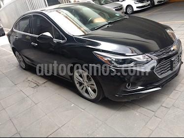 Foto venta Auto Seminuevo Chevrolet Cruze Premier Aut (2017) color Negro precio $305,000