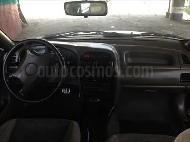 Foto venta carro usado Chevrolet Esteem Auto. (2000) color Vino Tinto precio u$s700