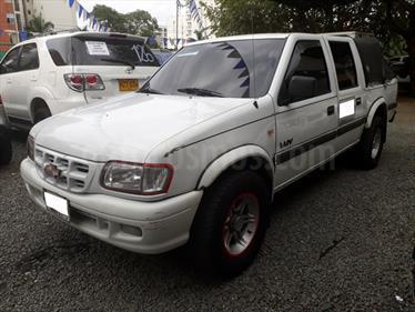Chevrolet LUV CD 4x2 usado (2005) color Blanco precio $28.000.000