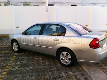 Foto venta Auto Usado Chevrolet Malibu 3.6L LT Paq F (2004) color Plata precio $56,000