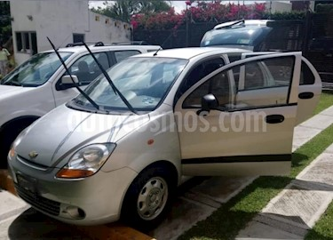 Foto venta Auto Seminuevo Chevrolet Matiz Paq B (2013) color Plata precio $70,000