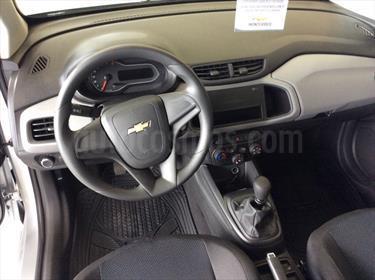foto Chevrolet Onix Effect