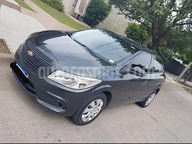 Foto venta Auto Usado Chevrolet Onix LT (2016) color Gris Oscuro precio $319.900
