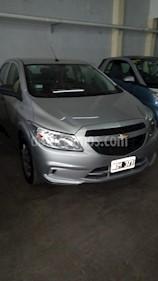 Foto venta Auto Usado Chevrolet Onix LT (2014) color Gris