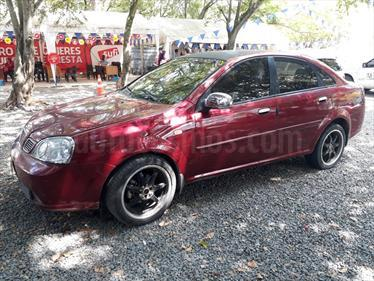 Chevrolet Optra 1.4 Mec 4P usado (2004) color Rojo precio $15.500.000