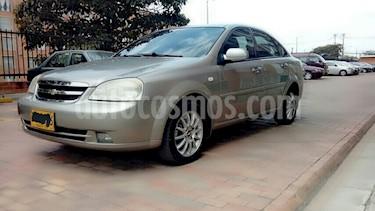 Foto venta Carro usado Chevrolet Optra 1.4 (2007) color Bronce precio $13.800.000