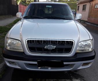 Foto venta Auto Usado Chevrolet S-10 Cab Doble 2.4 4X2 Apache (2004) color Plata precio $4.100.000