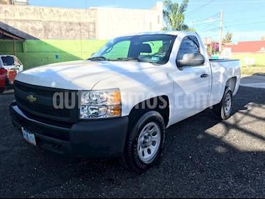Foto venta Auto usado Chevrolet Silverado 1500 Cab Reg Paq C Aut (2011) color Blanco precio $185,000