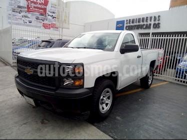 Foto venta Auto Seminuevo Chevrolet Silverado 1500 Paq F (2015) color Blanco precio $275,000
