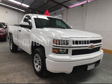 Chevrolet Silverado LT 5.3L Doble Cabina 4x4 usado (2015) color Blanco precio BoF1.750.000.000