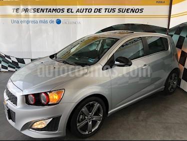 Foto venta Auto Seminuevo Chevrolet Sonic RS 1.4L (2016) color Plata Brillante precio $248,000