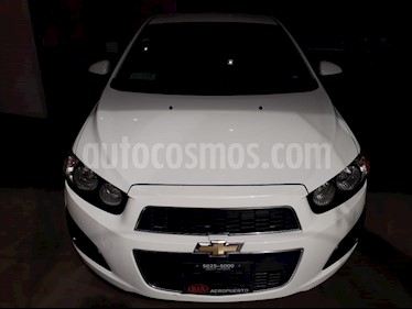 foto Chevrolet Sonic LT Aut