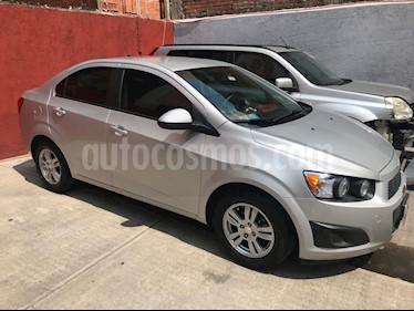 Foto venta Auto Usado Chevrolet Sonic LT Aut (2015) color Plata precio $155,000