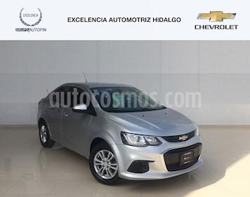Foto venta Auto Usado Chevrolet Sonic LT (2017) color Plata Brillante precio $220,000