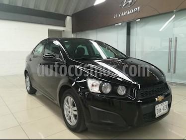 Foto venta Auto Usado Chevrolet Sonic LT (2016) color Negro precio $154,000