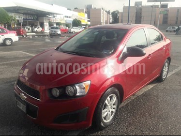 Foto venta Auto Seminuevo Chevrolet Sonic LT (2014) color Rojo precio $118,000