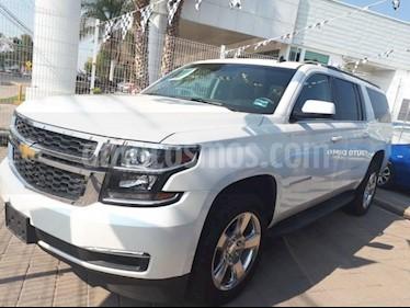 Foto venta Auto Seminuevo Chevrolet Suburban LT AUTOMATICA (2017) color Blanco precio $920,000