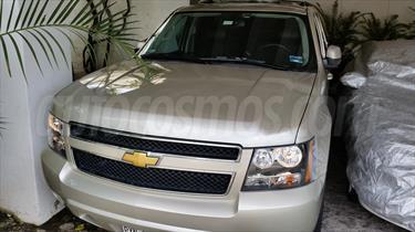 foto Chevrolet Suburban LT Piel Plus 4x4