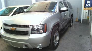 Foto Chevrolet Suburban LT Tela