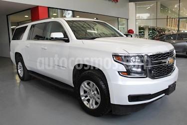 Foto venta Auto Seminuevo Chevrolet Suburban LT (2017) color Blanco precio $679,000