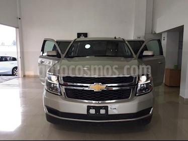 Foto venta Auto Seminuevo Chevrolet Suburban Paq A (2017) color Champagne precio $755,160